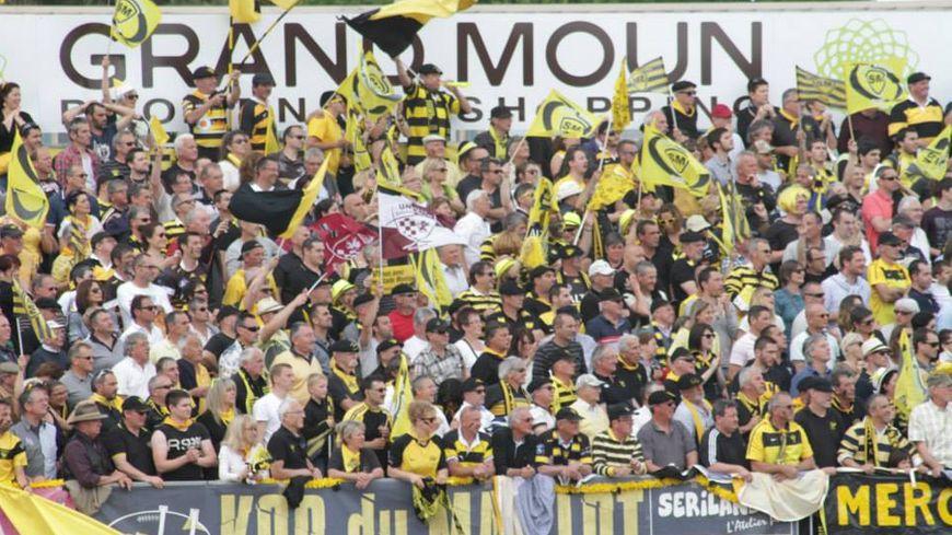 Victoire de Mont-de-Marsan contre Albi, les supporters exultent