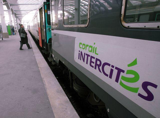 """Le rapport recommande de """"revisiter complètement l'offre Intercités"""