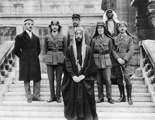 Thomas Edward Lawrence et la délégation du Prince Fayçal à Versailles, 1919