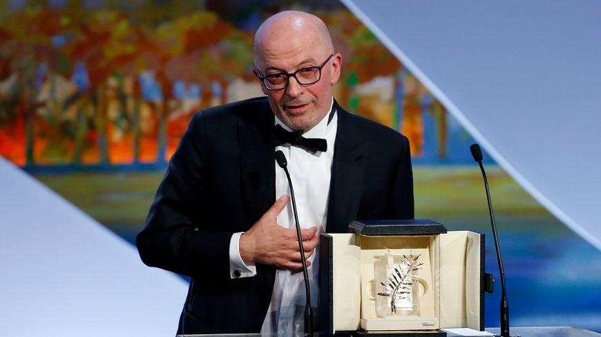 """Jacques Audiard a reçu la Palme d'or pour """"Dheepan"""""""
