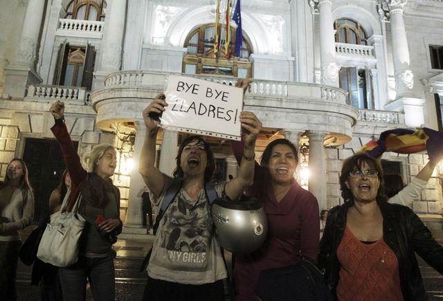 """""""Bye bye les voleurs"""", écrit cette électrice de Valence"""