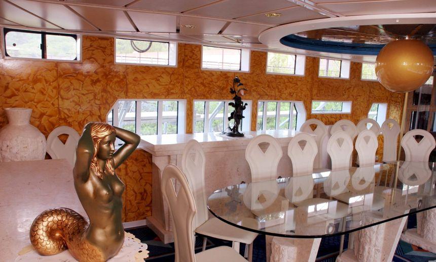 """L'intérieur de la réplique du """"Majestic of the Seas"""""""