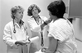 médecin et patiente NB