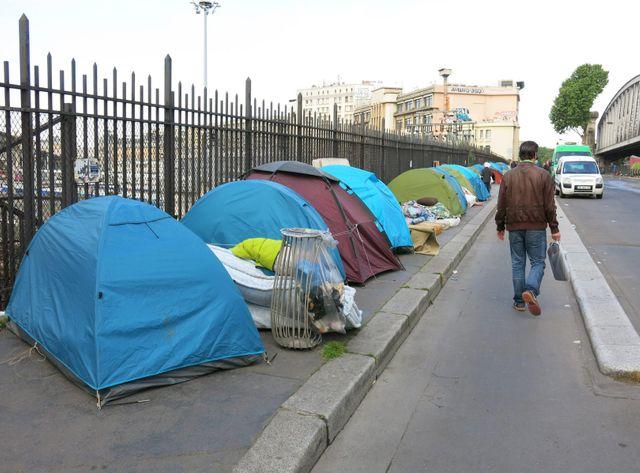 350 migrants africains étaient installés boulevard de la Chapelle à Paris.