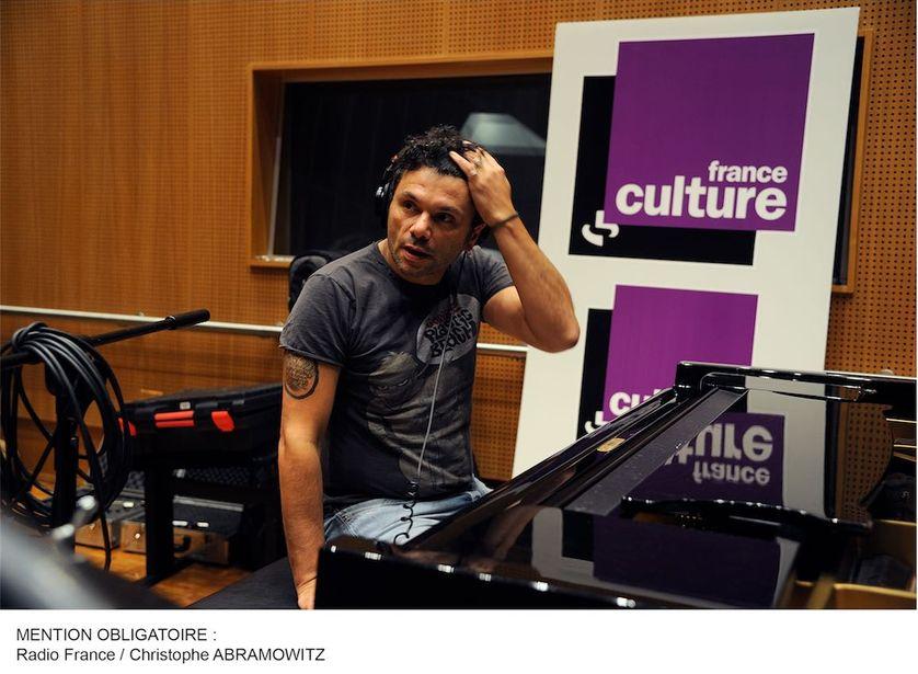 Romain Humeau en studios