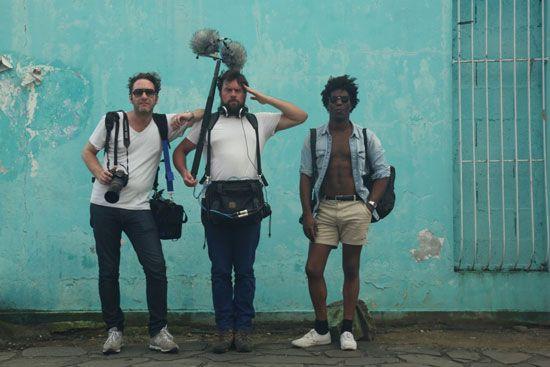 Cyril Vessier (Tricatel), Johann Levasseur (ingénieur du son) et Chassol en Martinique, tournage de Big Sun.
