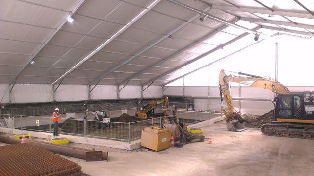 Chantier Semavip Veolia | Le chantier se trouve sous une tente pour éviter les émanations de polluants volatiles