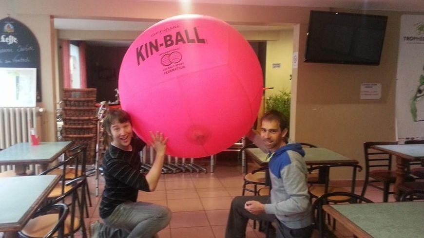 ernee_kinball