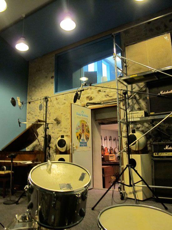 Tricatel, Studio, salle de prise