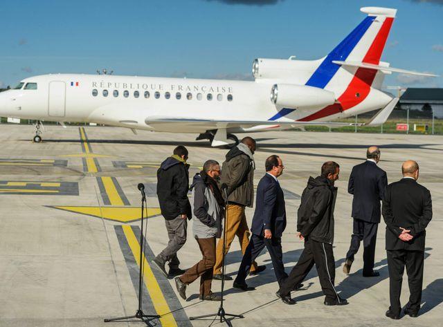 Les otages enlevés à Arlit à leur arrivée en France