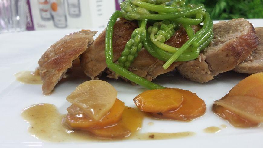 Le plat - Paupiette de veau en cocotte à la bière «La Doubs.Teuse », carottes, navets et asperges sauvages