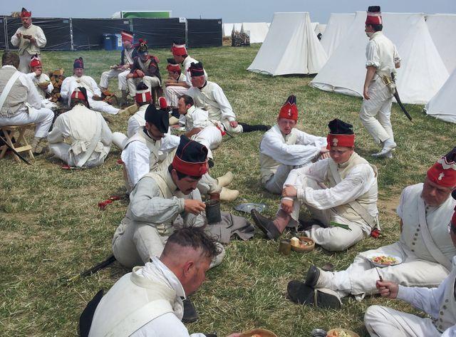 Le repas avant la bataille au bivouac français