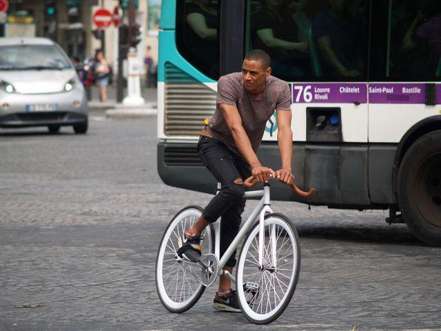 Un Cycliste Parisien