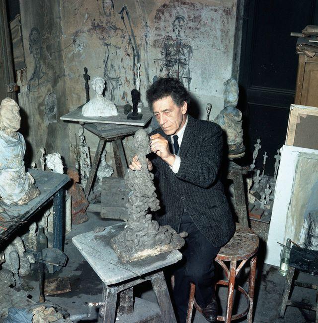 Alberto Giacometti dans son atelier