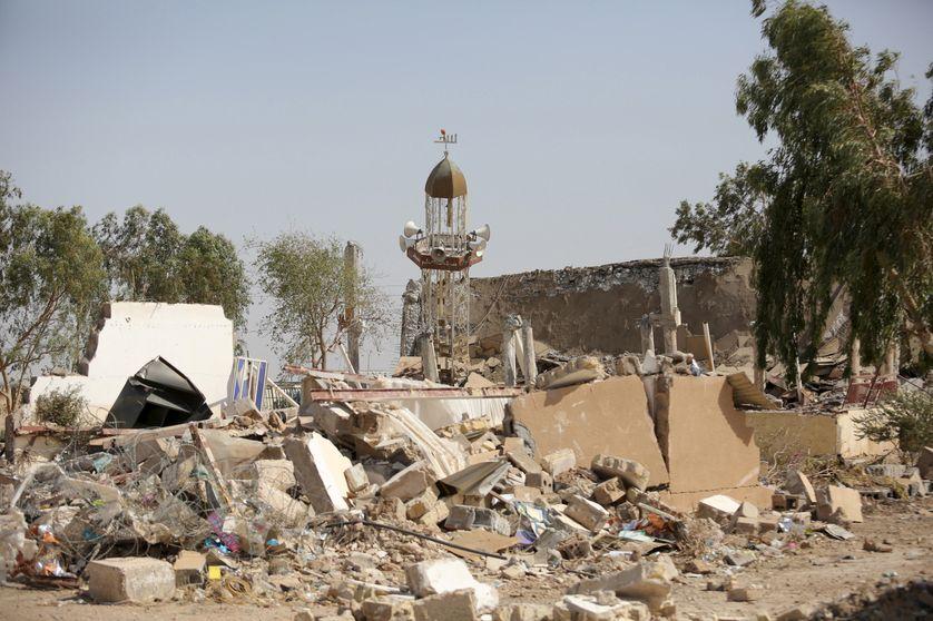 Destruction d'une mosquée chiite à Samarra, nord de Bagdad, 7 juin