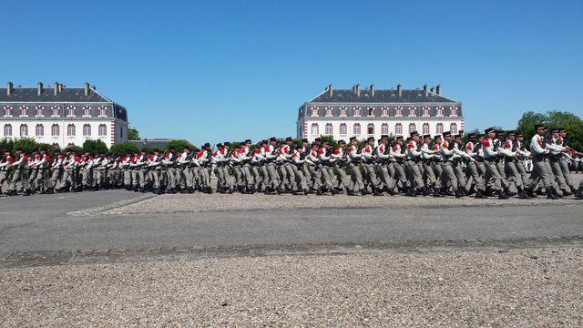 Le 1er régiment d'artillerie de marine de Châlons ferme ses portes