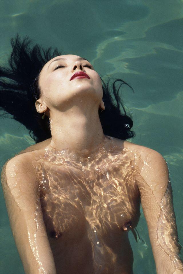 lartigue Marie Bailey à la piscine d'Eden Roc Cap d'Antibes, septembre 1977 Kodachrome 24x36 mm