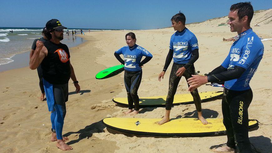 Cours de surf chez Max Respect à Contis avec Alain Strozik