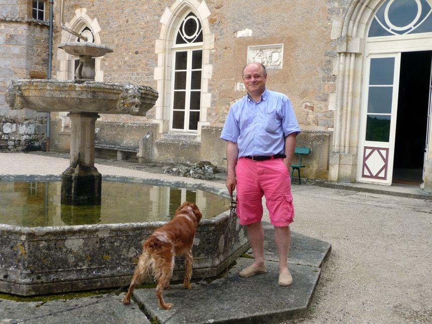 Yonne chateau de Chastellux : Philippe de Chastellux gère le domaine depuis plus de 25 ans.