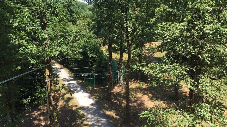 Le parcours accrobranche de Rouffiac en Dordogne