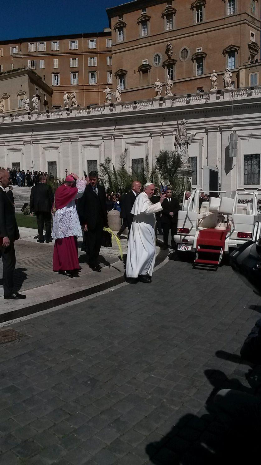 Salut Pape François
