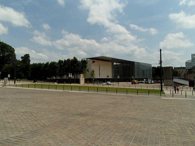 Le Centre Culturel des Quinconces, au Mans - Architectes : babin + renaud
