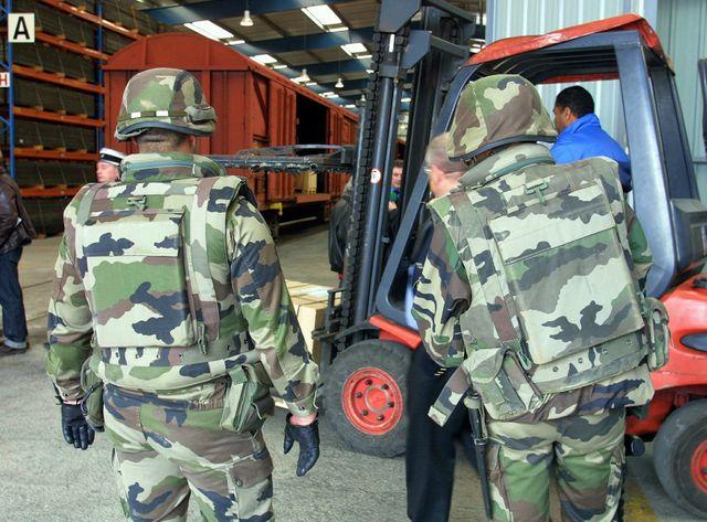 L'armée française prend des mesures d'urgence pour mieux sécuriser ses sites de munitions