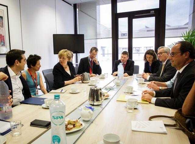 Les membres de l'Eurogroupe réunis mardi à Bruxelles.