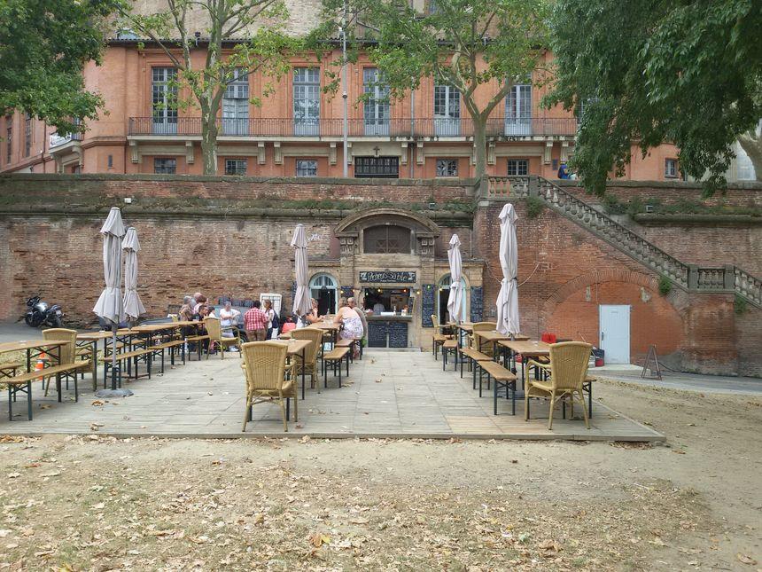Toulouse au détail - l'ancienne morgue des noyés