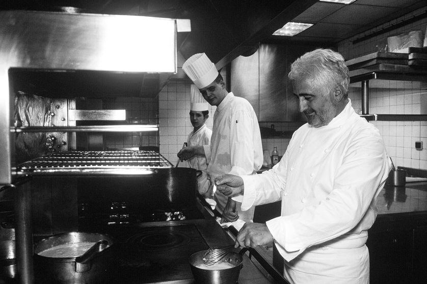 Guy Savoy en cuisine