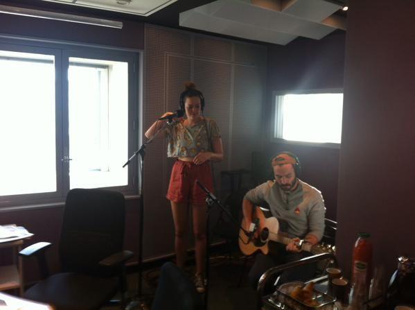Hollydays en live dans le studio de France Culture