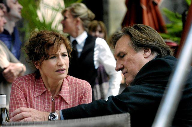 Marie Bunel et Gérard Depardieu sur le tournage de Bellamy