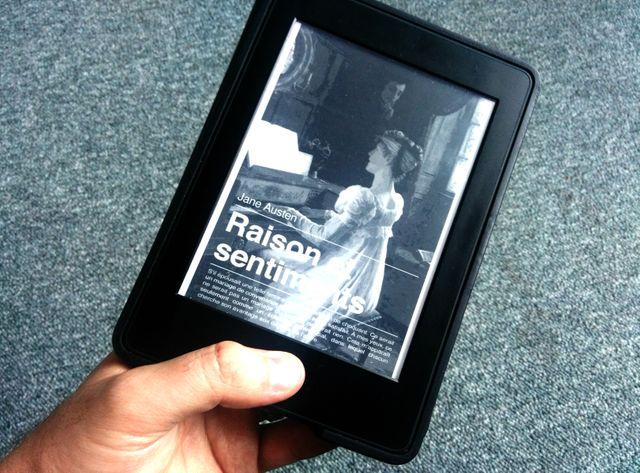 """""""Raisons et sentiments"""" de Jane Austen sur un livre électronique"""