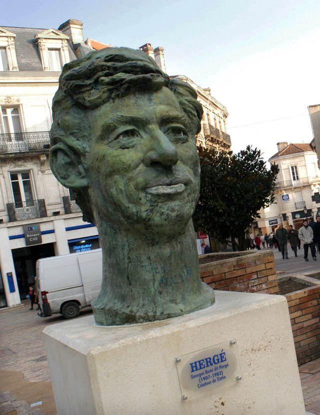 Statue Hergé à Angoulême