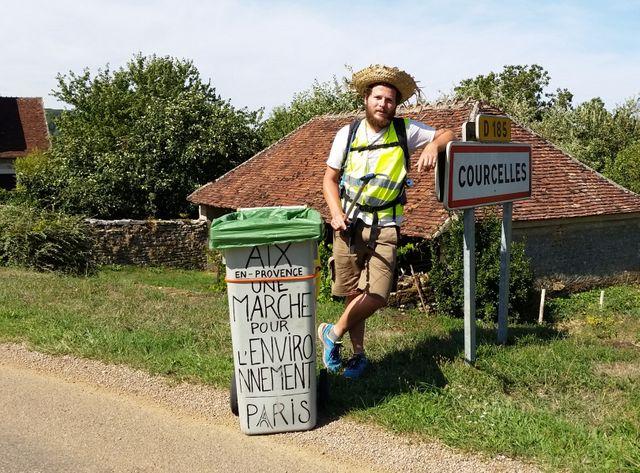 Hervé marche pour l'environnement