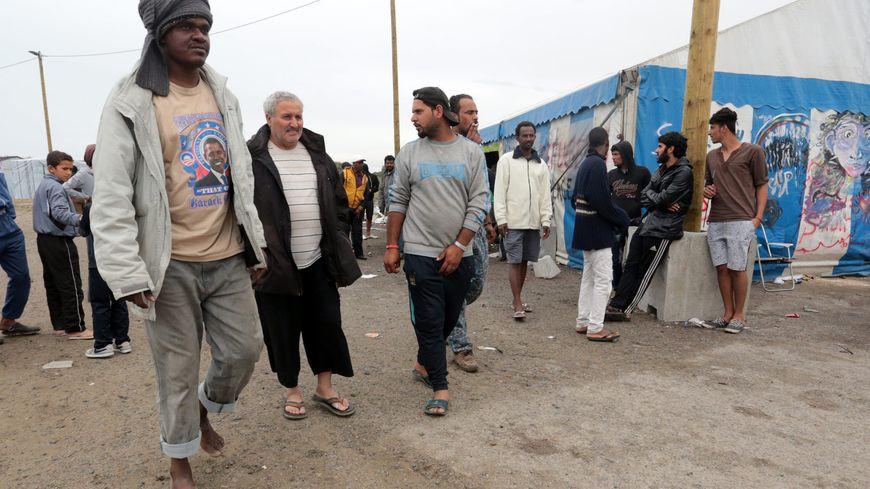 Clone of La Jungle où campent les migrants à Calais