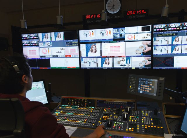 Dans la régie TV de QVC