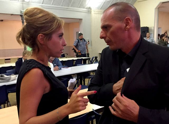 Yanis Varoufakis et Léa Salamé