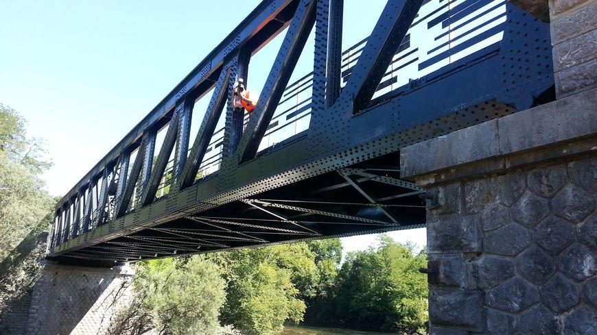 Pont ferroviaire sur la ligne Oloron Bedous