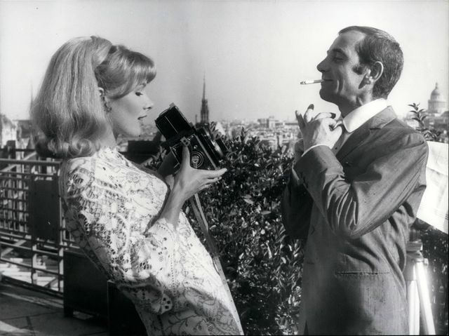 Charles Aznavour & l'actrice anglaise Susan Hampshire