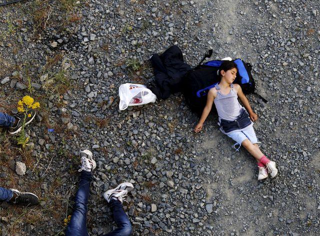 Ariana, 7 ans, une syrienne kurde à la frontièreentre la Grèce et la Macédoine