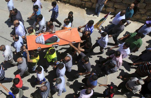 Funérailles d'un enfant palestinien de 18 mois tué dans un incendie criminel