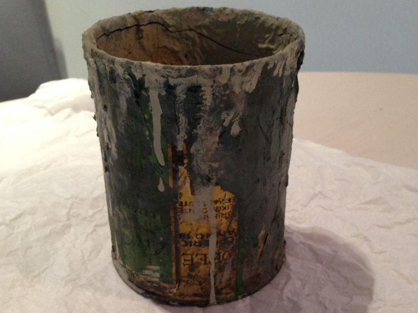 Pot de peinture découvert au Struthof