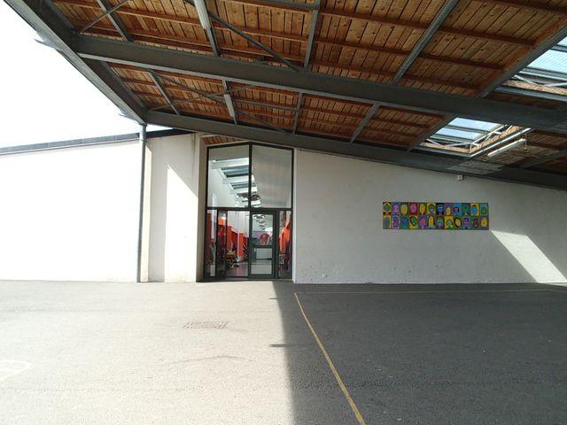 Ecole primaire de Marzy - Architectes : Eric Arsenault