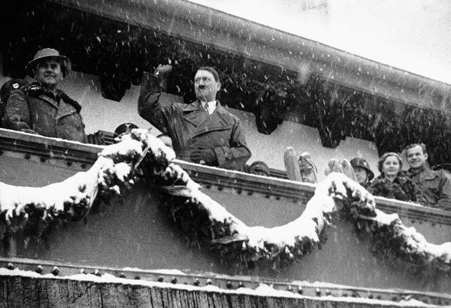 Hitler aux jeux olympiques d'hiver de 1936