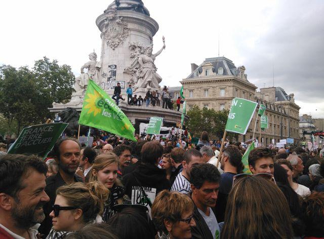 8.500 personnes ont manifesté à Paris samedi (ici place de la République)