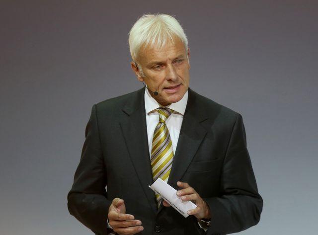 Matthias Müller, 62 ans, est l'actuel chef de la marque de luxe Porsche