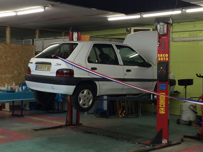 Grâce au garage solidaire vous pouvez faire réparer votre véhicule à petits prix