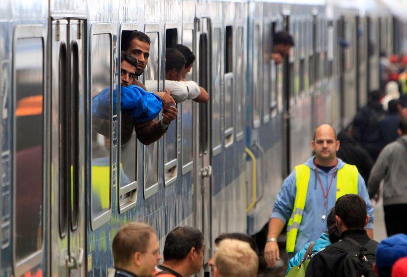 Migrants dans un train à Budapest