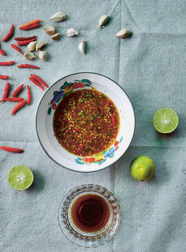 """Image de sauce cacahuète extraite de """"Thaïlande : le livre de cuisine"""""""